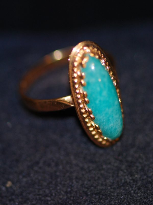 bague marquise or jaune et belle turquoise