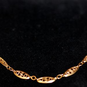 collier tout or maille filigrane epoque 1970 vu large